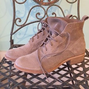 Dolce Vita gray taupe suede lace up booties boots
